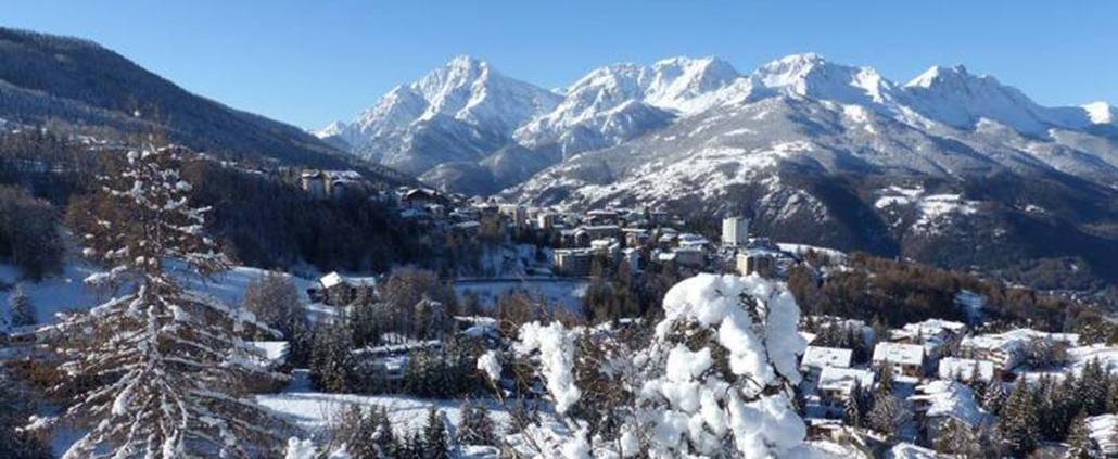 Sauze d'Oulx - panorama invernale